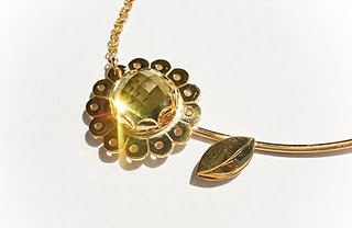 Yellow Gold Daisy Mae Pendant with Rose Cut Green Gold Quartz