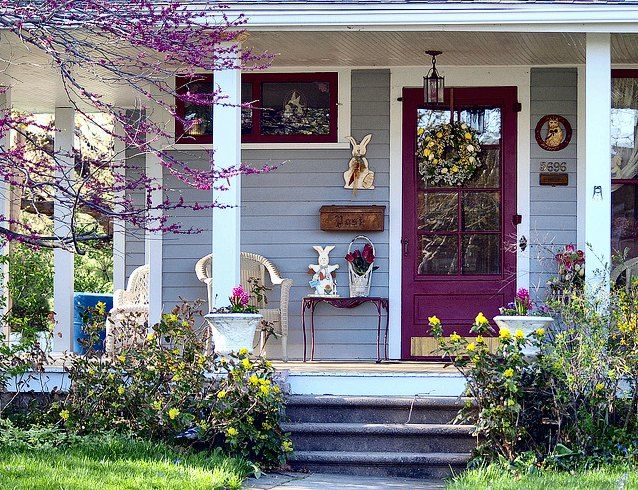 Spring PorchDecor Ideas, Lavender Doors, Decorating Ideas, Easter Porches, Beautiful Porches, Front Doors, Purple Doors, Doors Colors, Front Porches