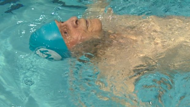 Jaring Timmerman, age 104, sets 2 world swimming records Winnipegger becomes 1st swimmer to compete in 105-109 age category