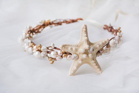 Corona de la concha playa boda accesorios para el por NoonOnTheMoon