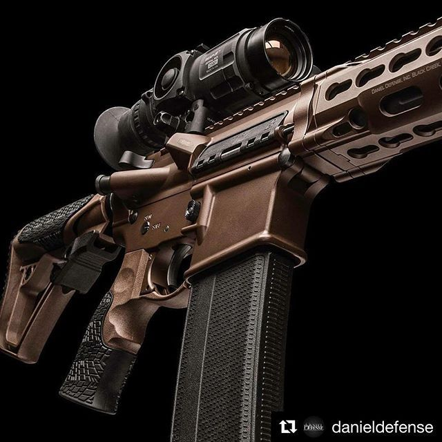What a buety @danieldefense #isr #blackout #rifle #300 #gun #guns #weapons #America #freedom #firearms #pewpew #tactical #sexy