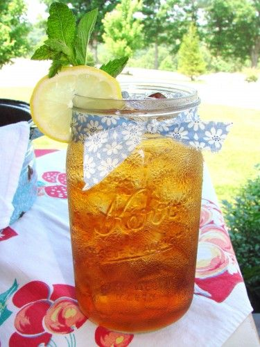 Iced Tea.: Farms Houses, Southern Style, Southern Things, Hot Summer Day, Summertime Drinks, Pretty Things, Sweet Teas, Mason Jars, Ice Teas