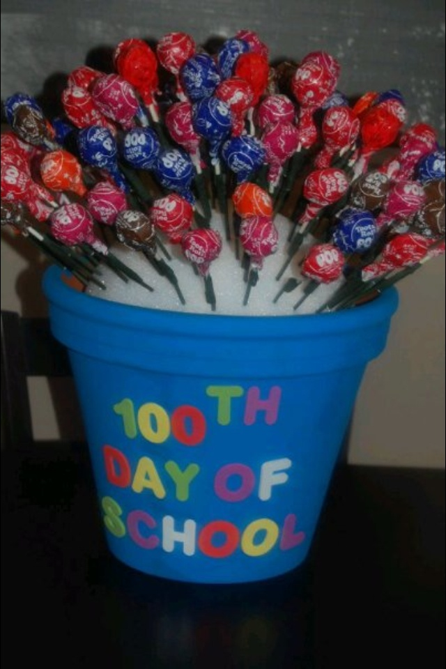 I made this last year for Emily's 100th day of school project. It had 100 tootsie pops. I would add moss to cover up the styrofoam if I were to ever make another one
