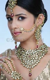 Kundan style bridal jewelery