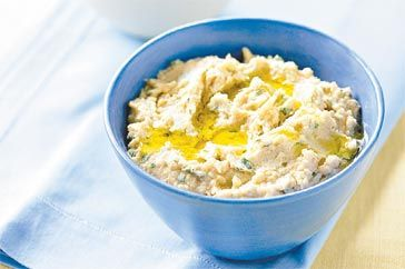 Yoghurt and chickpea dip recipe