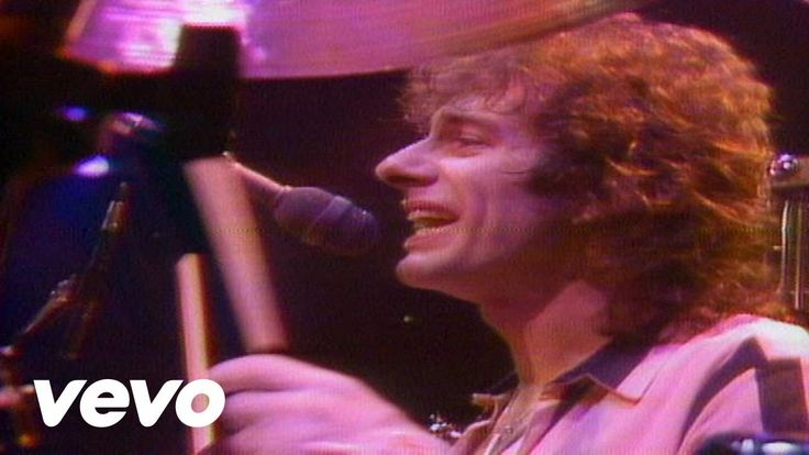 REO Speedwagon - Take It on the Run #REOspeedwagon Music video by REO Speedwagon performing Take It On The Run. (C) 1980 Sony Music Entertainment Inc.