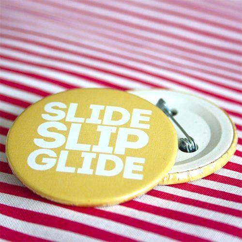 Bottom: Patins slide slip glide amarelo 3,5cm - R$2,00   4,5cm - R$3,00 Skating botton