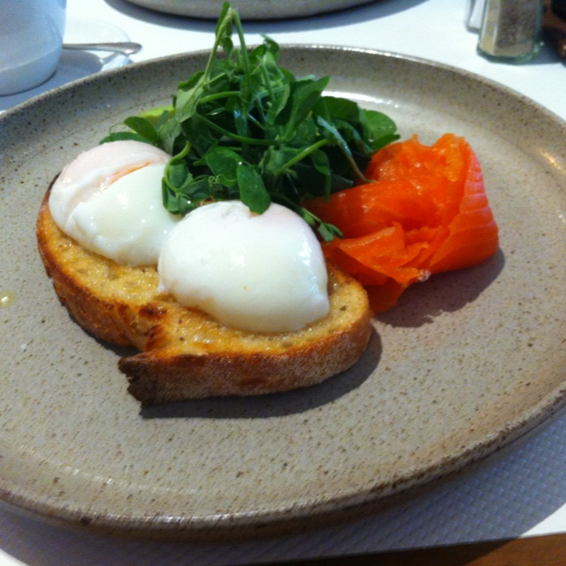 Breakfast @ Cafe Vue