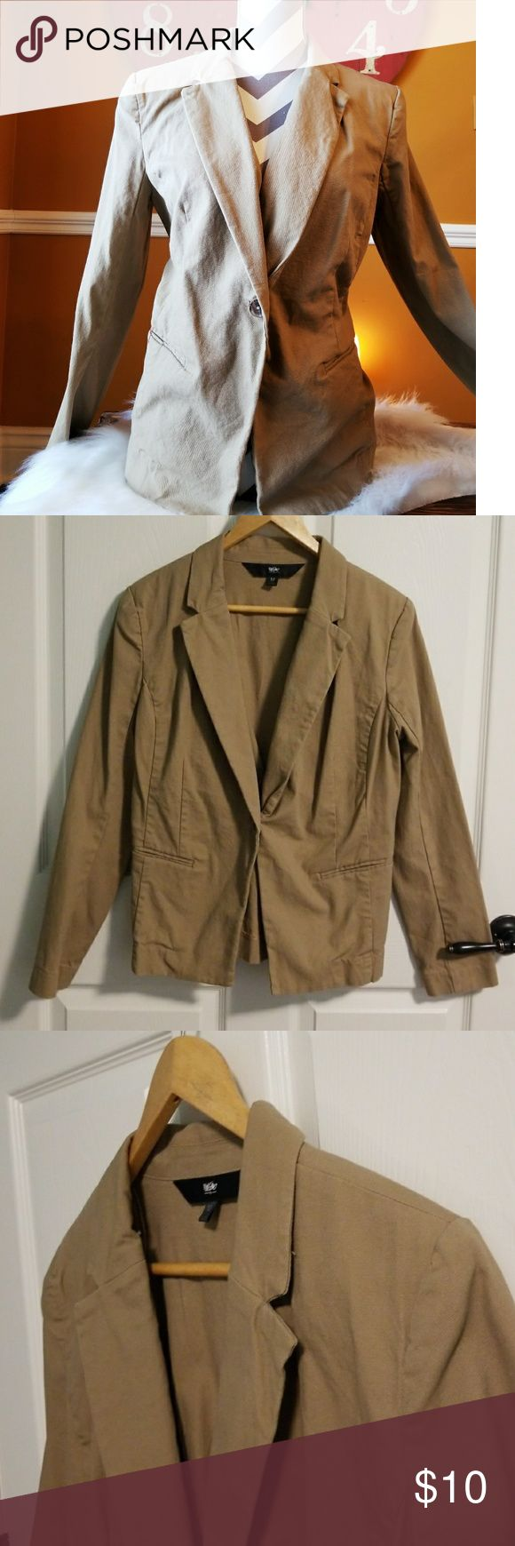 """Mossimo Traditional Khaki Blazer Size 12 Traditional Khaki Blazer in good condition. Single button to close.  Pit to pit is roughly 20"""" 97% cotton/ 3% spandex Mossimo Supply Co. Jackets & Coats Blazers"""