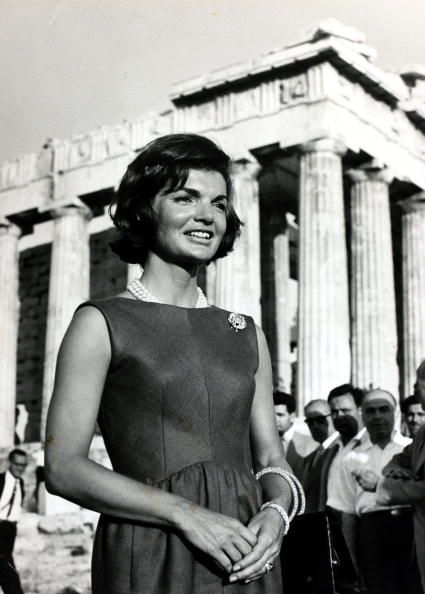 First Lady Jacqueline Kennedy pictured at the Acropolis during a visit to Greece, 1961, #solebike, #Athens, #e-bike tours