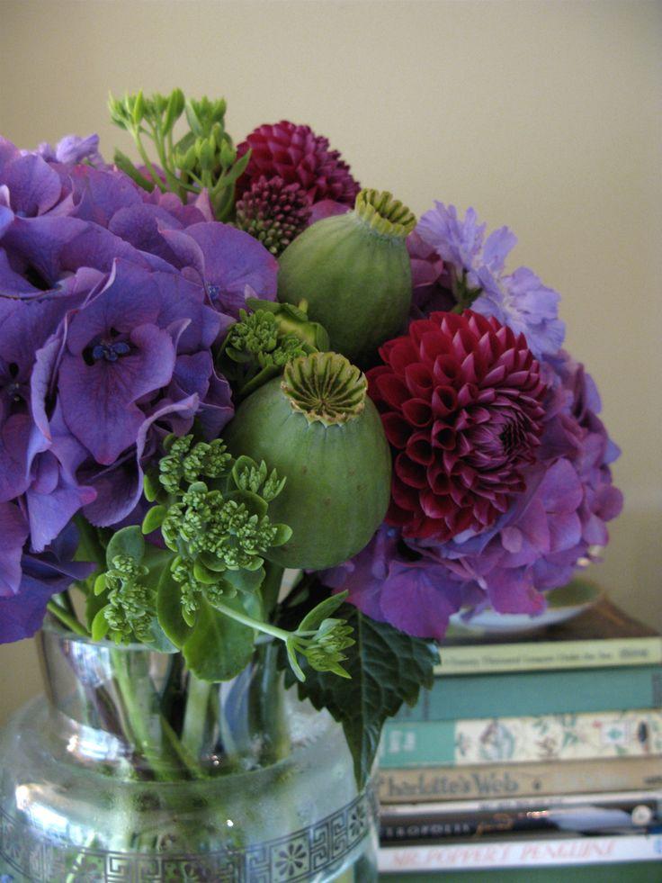 Clear Vase Flower Arrangements