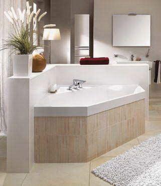Hoekbad     Hoekbad Squaro een perfecte combinatie met Central Line badkamermeubelen van Villeroy & Boch.