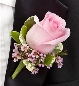 light pink bouttteniere | Corsage Flower, Wedding Corsage, Prom Corsage for groomsmen