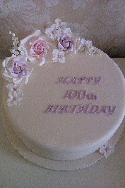 100th birthday cake! It was an honour to do this cake but also very nervous about doing it!! The lady likes lily of the valley....this is my first attempt at lily of the valley. x