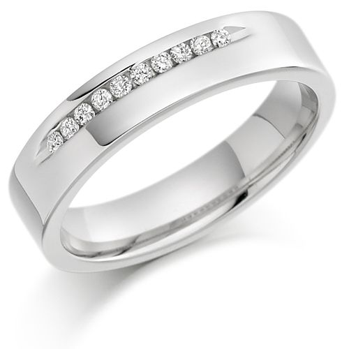 House of Williams 18ct White Gold Ladies 4mm Wedding Ring with 10pts of Diamonds Channel Set on One Side (http://www.howweddingrings.co.uk/Products/9085-house-of-williams-18ct-white-gold-ladies-4mm-wedding-ring-with-10pts-of-diamonds-channel-set-on-one-side.aspx)