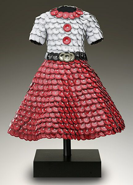 Art+Creative+From+Material+Recycled+Objects | RECYCLED DRESSES