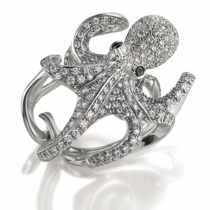 Кольцо с осьминогом тз белого золота с бриллиантами