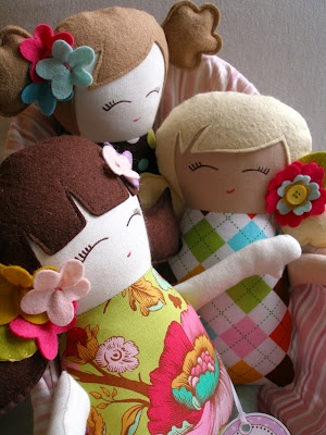 sweet little dollies to make for the girls this christmas