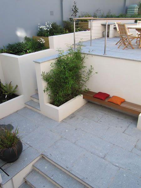 17 best ideas about split level exterior on pinterest for Small split level garden ideas
