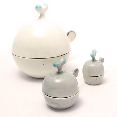 Whaleshape bowls. Handmade ceramics by Tramai