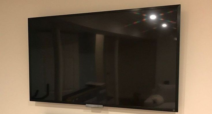 """RARE Sony Bravia 47"""" 3D TV 1080p HD LED LCD Internet Television 4 3D Glass W802A"""