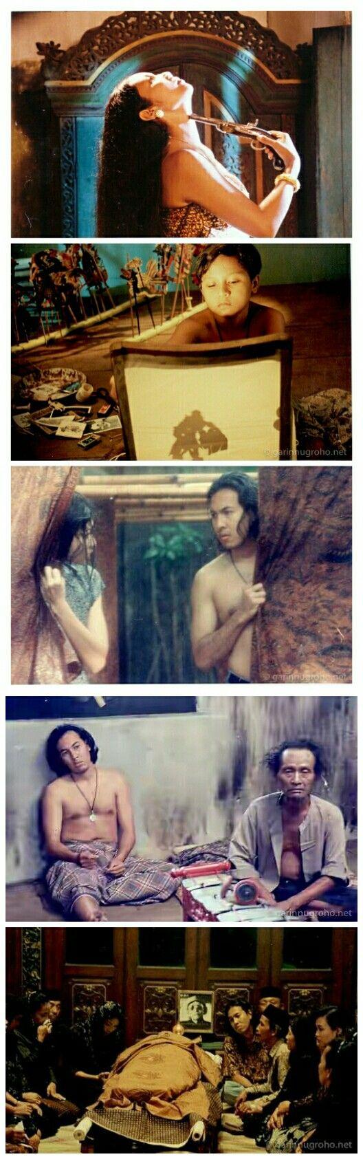 Bulan Tertusuk Ilalang. Director: Garin Nugroho. 1995