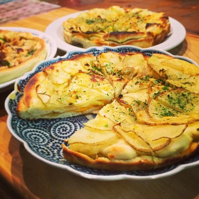 梶晶子さんのレシピで魚焼きグリルでグリルパンで焼きました - 105件のもぐもぐ - じゃがいもとチーズのスキャッチャータ by kokohimayuto