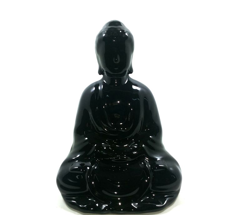 Buda en cerámica esmaltada •El buda con las manos sobre su regazo y piernas cruzadas (posición de loto), significa meditación y sabiduría. •El buda con la mano derecha alzada y, mano izquierda en la cadera, indica un rechazo a las cosas que causan temor, simboliza la paz. •El buda con la mano tocando la tierra, expresa la estabilidad de la fe budista. •El buda reclinado, representa el paisaje a nirvana.