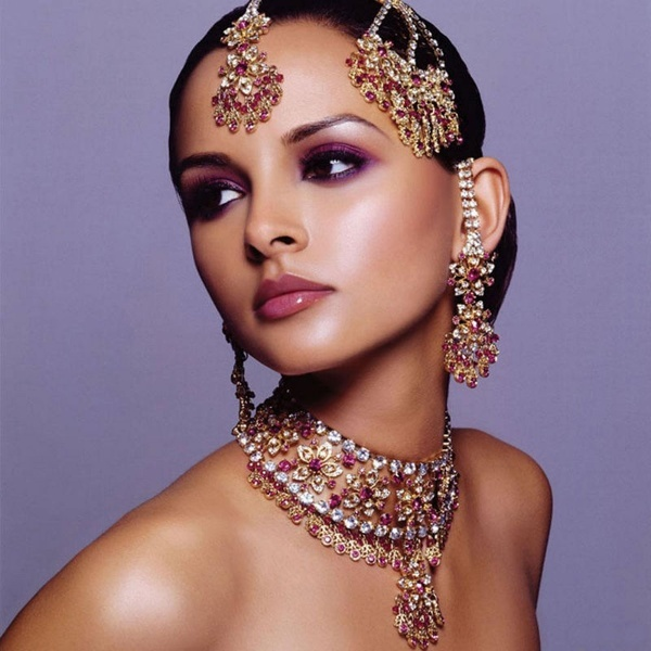 Indian Jewelry: Indian Bridal Jewelry Sets, Indian Weddings, Indian Beauty, Indian Jewelry, Makeup, Indian Fashion, Head Jewelry, Indian Bride, Bridal Sets
