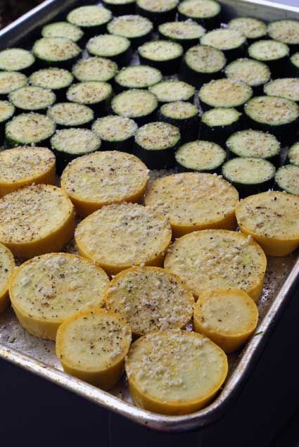 Roasted summer squash-so easy, delicious and healthy! Garlic powder, parmasean cheese, olive oil cooking spray and a lil pepper...
