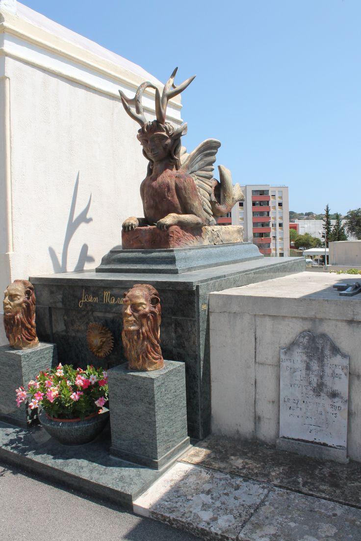 Tombe de Jean Marais à Vallauris, FRANCE