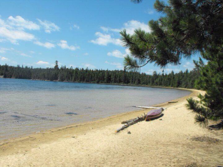 McConnell Bay , Chiniguchi