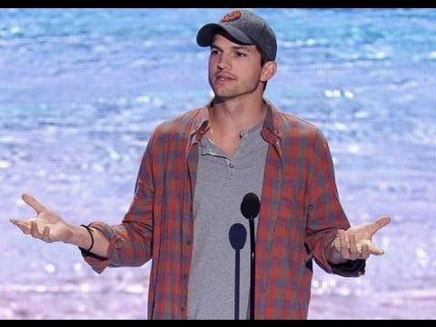 Ashton Kutcher wins Teen Choice Awards 2013