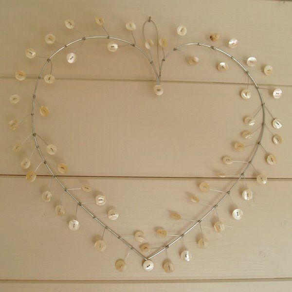 buttons heart wreath