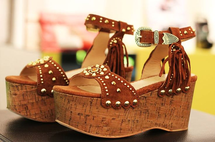 Sandalias de Ash Chakra