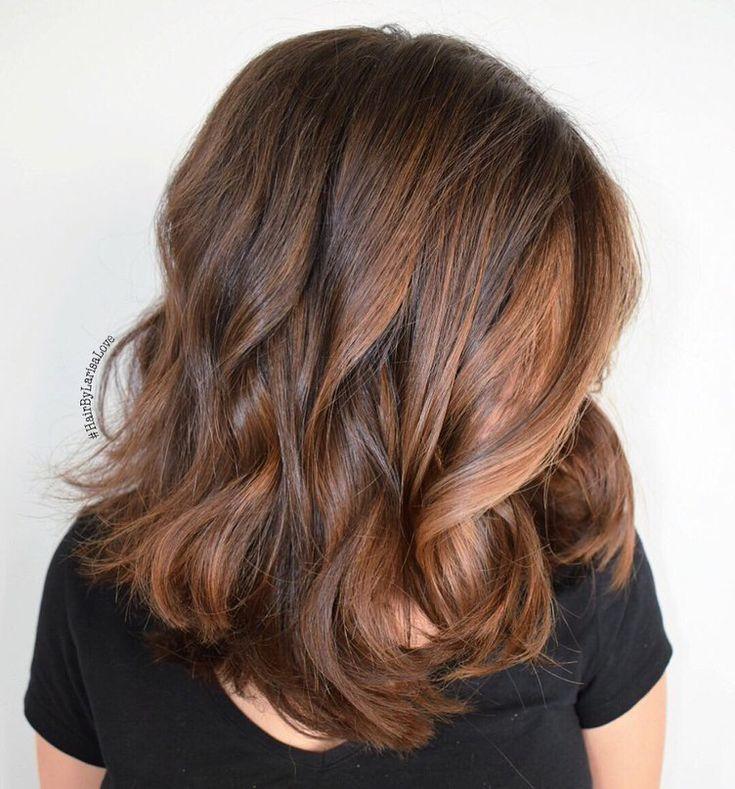 medium brown hair with loose waves