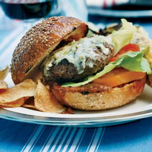 25 Burger Recipes: Red Pepper and Spinach Cheeseburgers