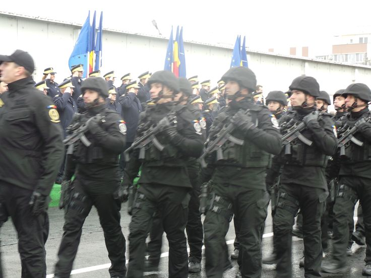 Decorarea Drapelului de luptă al Brigăzii Antiteroriste