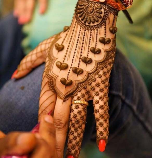 Indian street style mehndi design fashion