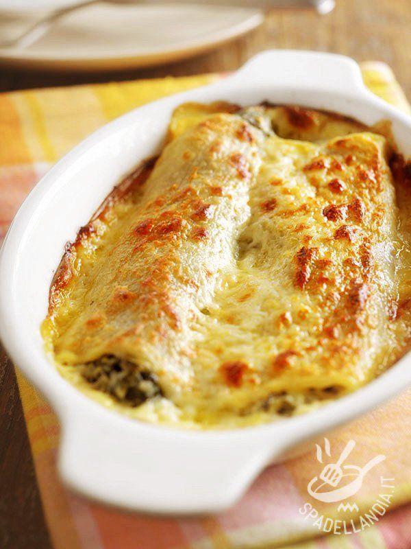 I Cannelloni con cavolo verza e Montasio sono una combinazione di sapori e profumi davvero irresistibili. Quando la voglia di buono prende il sopravvento.