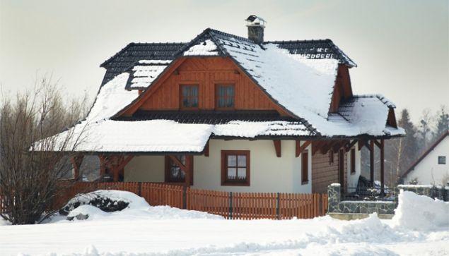 Protisněhovým opatřením k bezpečné střeše | Stavbadomu.net