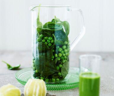 En vitaminspäckad shot med lime, ärtor och spenat blir ett riktigt elixir!
