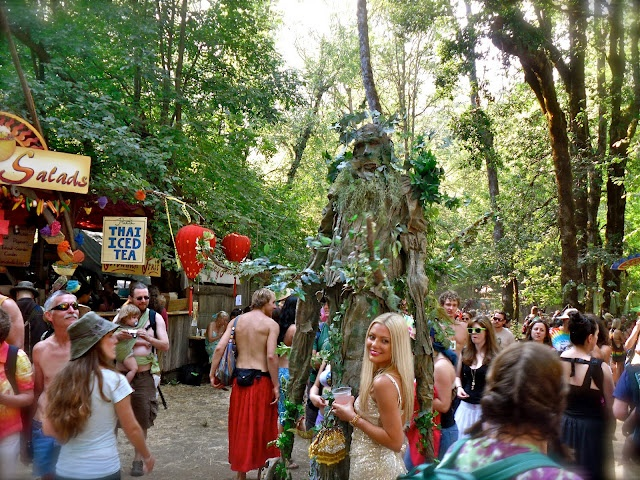 A must at least once! A trip back to the 60s with hippies, flowers, amazing food and drink. Experience of a Lifetime in OREGON!  Oregon Country Fair