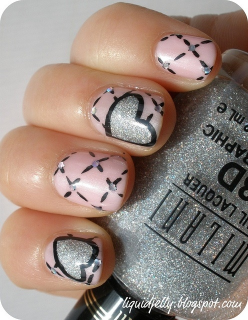 Pink/Gray and Hearts