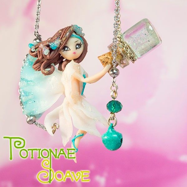 Necklace with a lovely fairy hanging a tiny glass bottle, hand-made with high quality materials by an Italian artist. This jewel is extremely accurate in every detail, it has been created with so much love that it'll surely enchant you!  Find it on www.Delicute.com