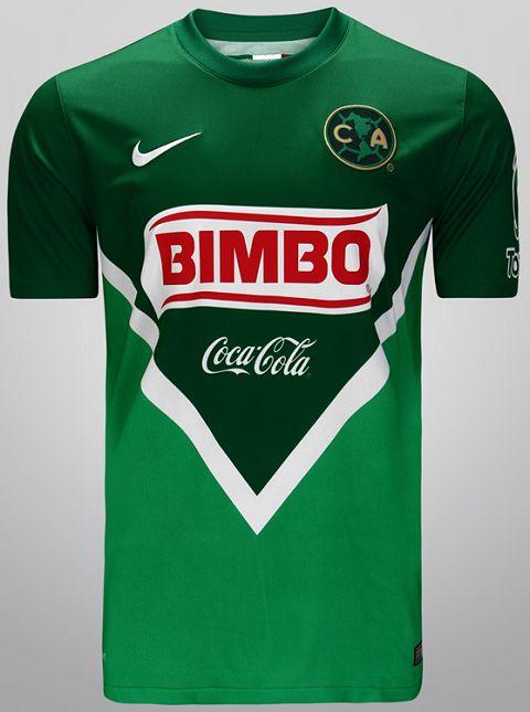 Nike homenageia o México em camisas de times daquele país, visando a disputa da Copa do Mundo de 2014.