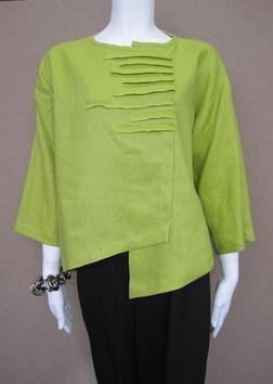 Love the tucks - Xiao Clothing