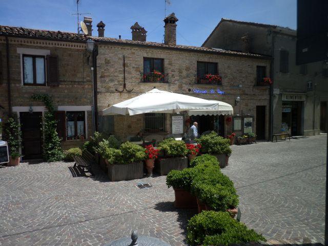 """""""La Rupe"""" restaurant, Fiorenzuola di Focara"""