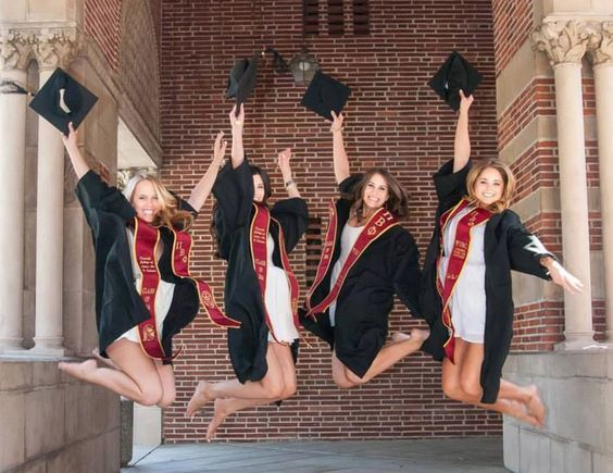 40 Vibrant Words to Use in a Sorority-To-Career Resume