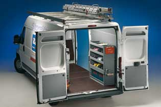 Esempio di Officina Mobile Store Van per Peugeot Boxer